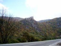 Starý hrad ze silnice