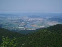 Žilina se stejnojmennou vodní nádrží a přilehlými obcemi