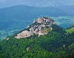 Malý Rozsutec (1 343 m n. m.), pohľad z vrcholu Veľkého Rozsutca. Zaslal: Laco Racko